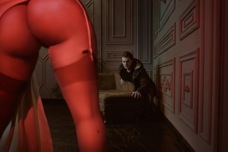 Косплей на Леди Димитреску из Resident Evil Village