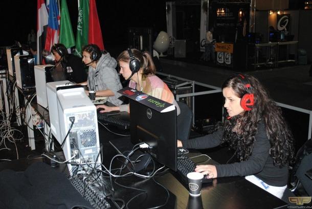 M5.female на Electronic Sports World Cup 2011