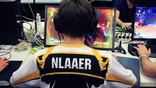 NLaaeR: Хочу стать примером как игрок и как личность
